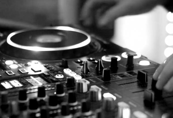 DJ Deck, disque music
